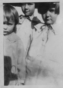 Sara, Tiny and Mamie