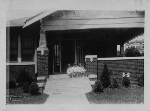 Mamie, Tiny and Sara on the bungalow front steps, circa 1926